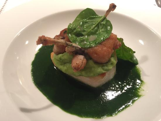 Hotel Restaurant Hirschen : Frog legs on pike-perch