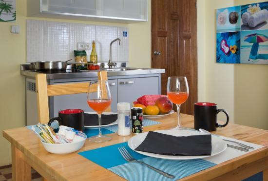 ذا ريتز ستوديوز: Loft - Dining Area