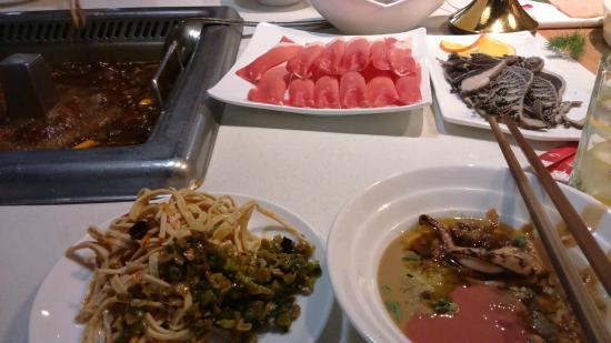 Haidilao Hotpot Restaurant (Yangguang Xinye)
