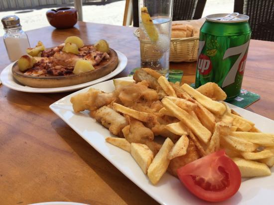 Mis Abuelos: Pulpito a la gallega y curritos de pescado! Exelente
