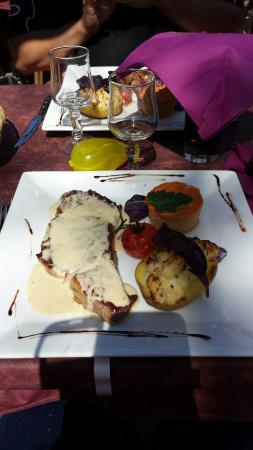 L'Univers: Magret et bavette sauce roquefort ��