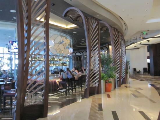 Vdara Hotel Spa At Aria Las Vegas Vice Versa Lounge