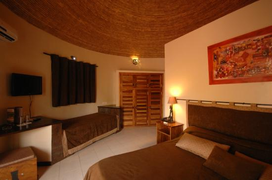 Chambre de luxe - Picture of Royam Hotel, Mbour - TripAdvisor