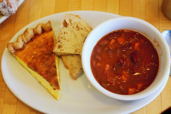 Saint Peter, MN: Veggie chili & quiche