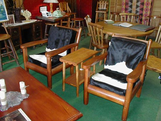 Levering, MI: Rittenhouse club chairs
