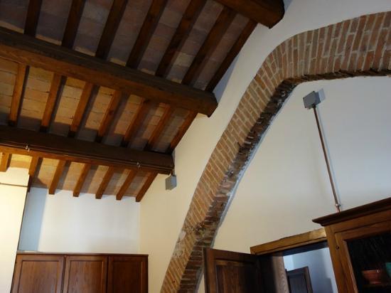 Residenza Antica Canonica: soffitto del nostro appartamento