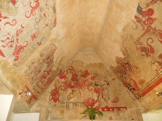 Hotel Posada Sian Ka'an: Decoration at the front desk
