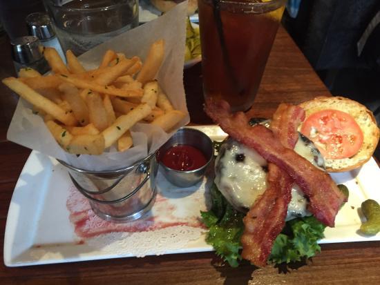 Thunder Burger & Bar: No more diets!