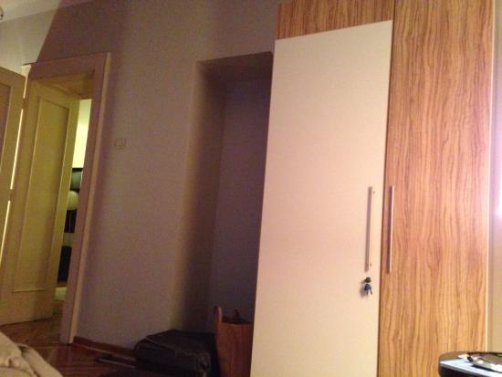 Hostel 360: At Marsala Birjuzova apartment
