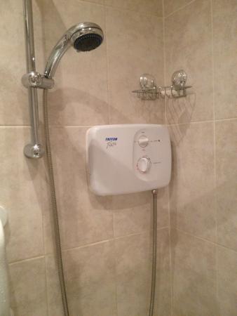 Killowen House: Electric Shower