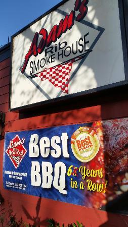 Adam's Rib Smokehouse: Best ribs in town