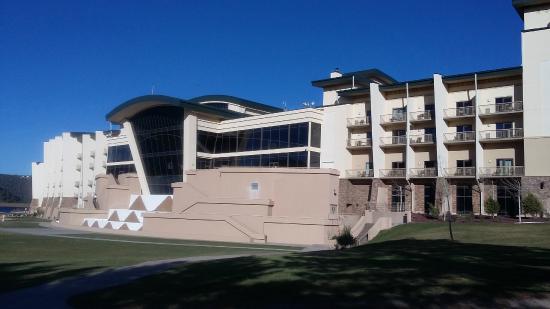 Inn of the Mountain Gods Resort & Casino: Vista desde el campo de golf
