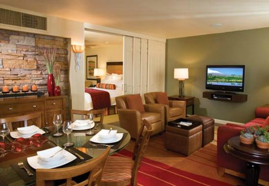 King guest room kitchen bild von marriott 39 s shadow - Marriott shadow ridge 2 bedroom villa ...