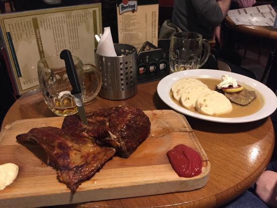 Pilsner Urquell Original Restaurant Tradice: Costela - Excelente prato