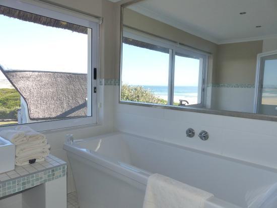 Cape St Francis Resort : Badezimmer