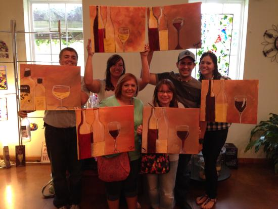 The Georgia Winery: Our group had a blast at the paint and sip.