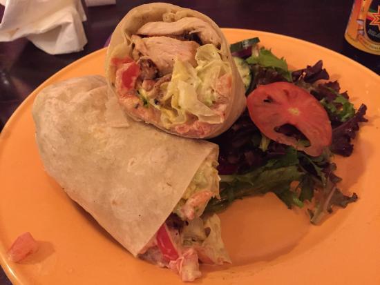 Coconuts Caribbean Restaurant & Bar : Jerk chicken wrap