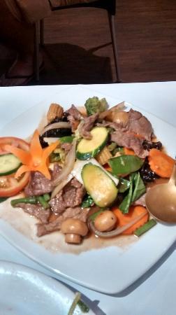 Lemongrass Thai: Beef in Oyster Sauce