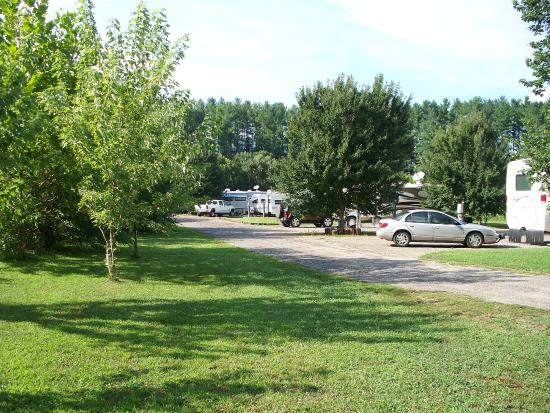 Riverhouse Acres Campground