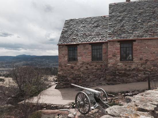 Sedalia, CO: Cherokee Ranch and Castle