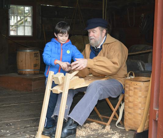 Fort Nisqually Living History Museum : Sharing 19th century woodworking with a young visitor
