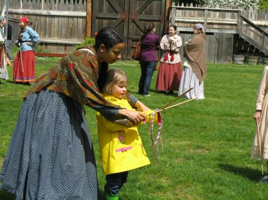 Fort Nisqually Living History Museum : Kids love the 19th century games