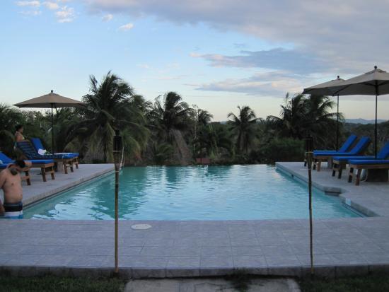 Windy Hill Resort: Pool view