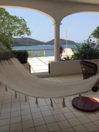 Catalina Beach Resort: Terrace with hammock