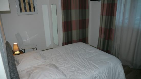 Hotel San Carlu Citadelle: Room