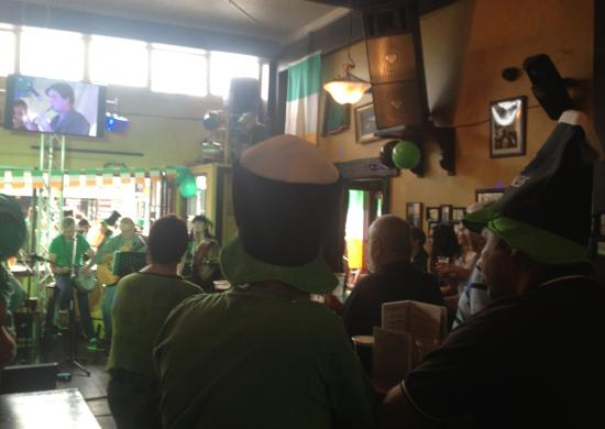 McMorrissey's Irish Pub & Eatery: St Patrick's Day at McMorrissey's