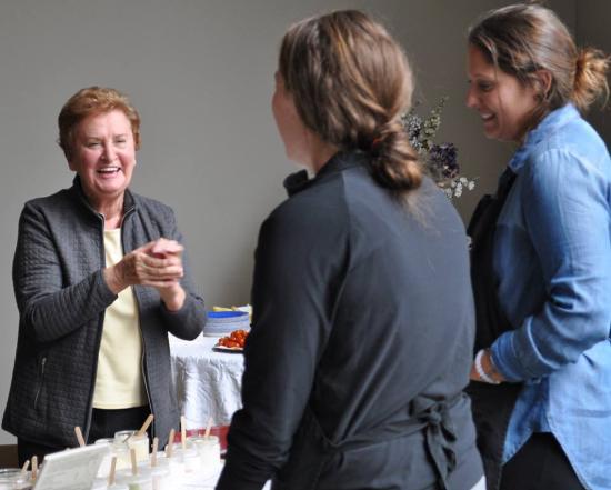 Kalola Boutique & Spa: Clients enjoying hand treatment demonstrations