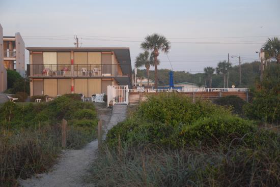 Walkway to Beachside Motel from beach