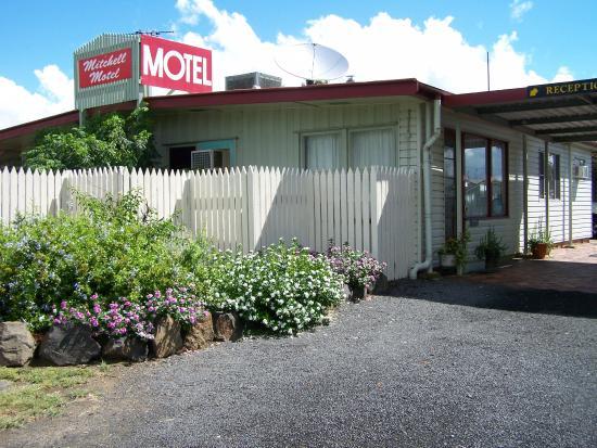 Mitchell Motel