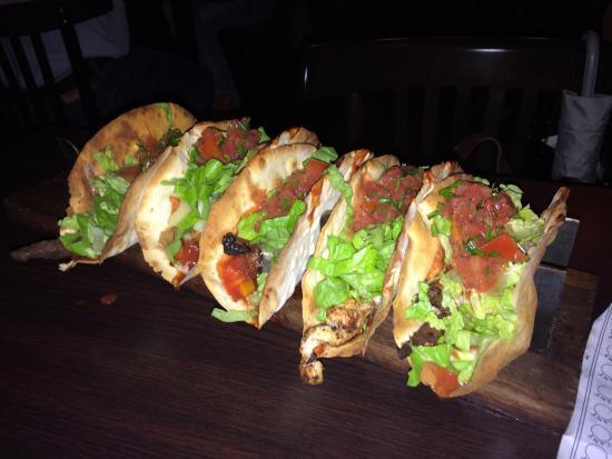 taco box tacos de pollo y carne