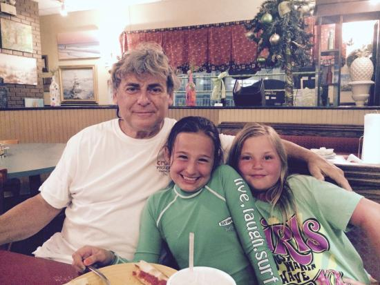 Crust Pizzeria: Charlie (owner) and our girls