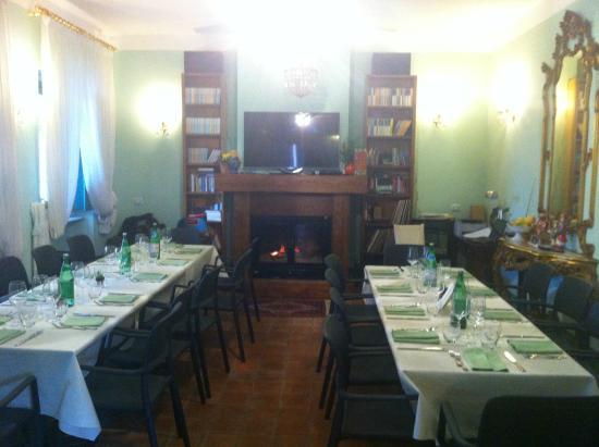 Simeri Crichi, Italia: sala camino