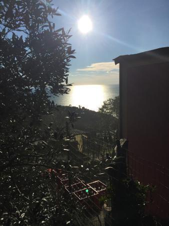Trattoria Da Nanni: La splendida vista dal terrazzo del ristorante