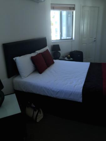 Malibu Mooloolaba Holiday Apartments: Bedroom