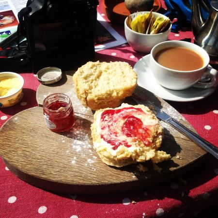 J and L Holdings Limited: Cream tea
