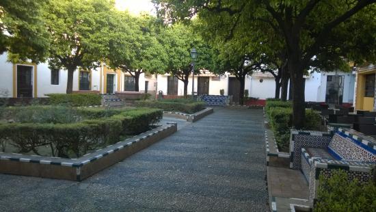 La Hosteria de Dona Lina : piazzetta antistante l'hotel