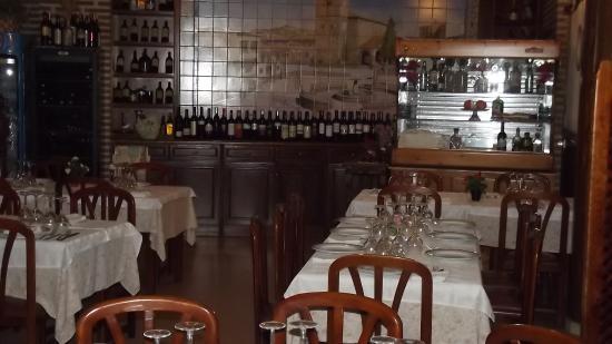 Segurilla, Ισπανία: comedor bodega