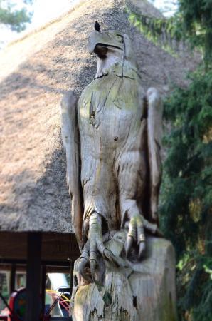 Weltvogelpark Walsrode: The biggest statue in park