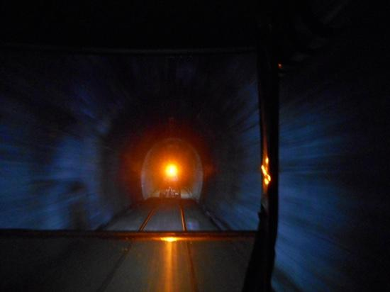 Forgotten World Adventures : traveling through the longest tunnel