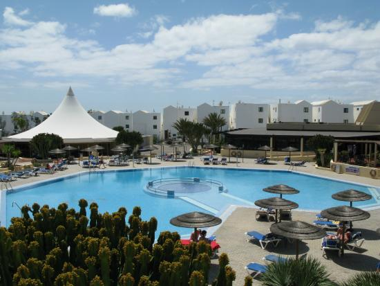 4 - Picture of Hotel Coronas Playa, Costa Teguise ...
