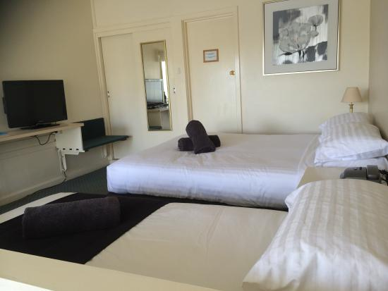 Abel Tasman Airport Motor Inn: Twin share