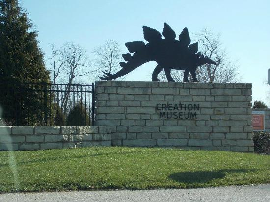 Entrance Picture Of Creation Museum Petersburg