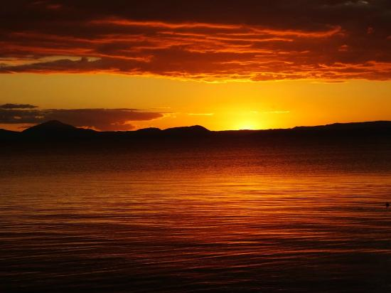 Waitahanui Lodge: Sunset