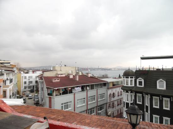 Bahaus Guesthouse : View from the rooftop