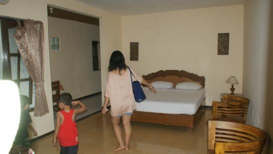 Astina Hotel : room