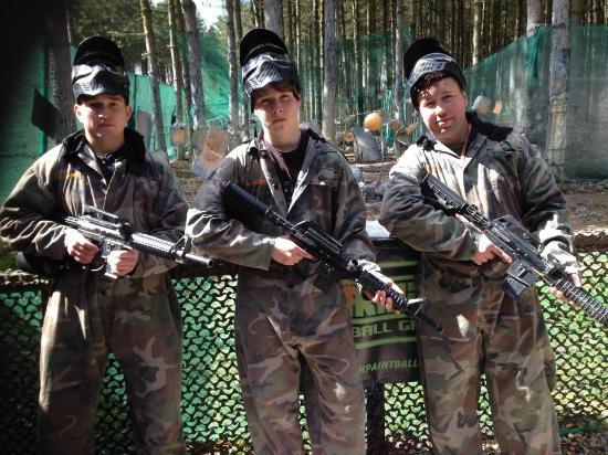 Skirmish Paintball Games Nottingham: At the shooting range!